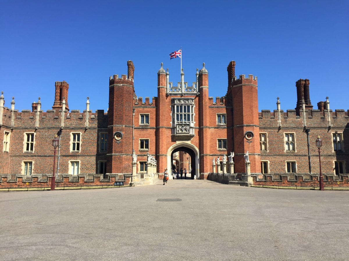 Travel Bucket List UK London Hampton Court Palace 03