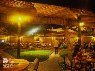 Must Do Travel Africa Kenya Nairobi Carnivore All You Can Eat Meat Restaurant